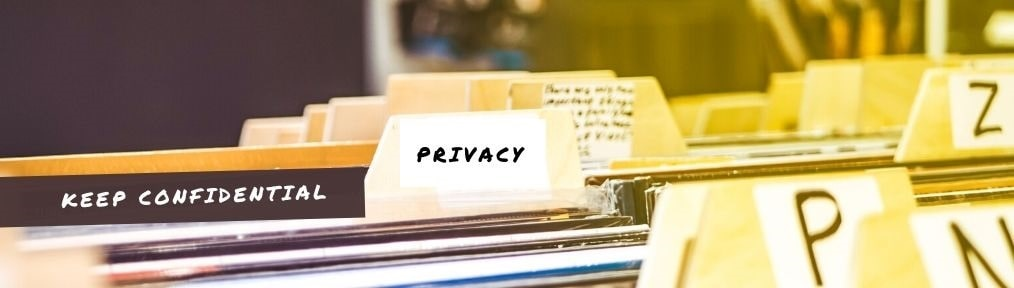 File folders titled privacy and keep confidential